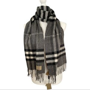 Burberry Classic Giant Check Cashmere Mid Grey Scarf Authentic